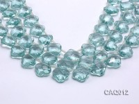 Wholesale 20mm Flower-shaped Transparent Simulated Aquamarine Pieces String