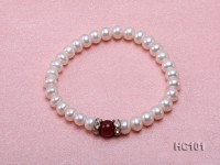 7-8mm white freshwater pearl and red agate bracelet