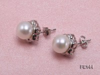 8-9mm White Flat Cultured Freshwater Pearl Earrings
