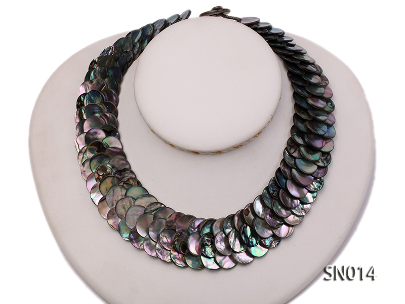 Button-shaped Abalone Shell Pieces Necklace