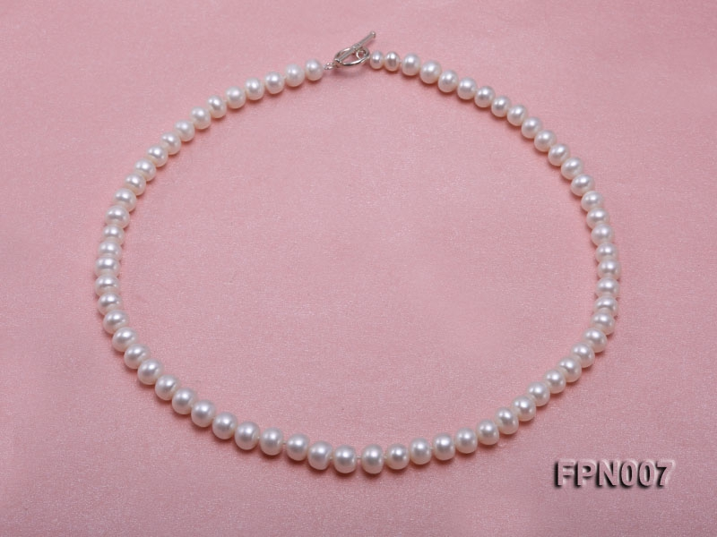 Classic 7-8mm White Flat Cultured Freshwater Pearl Necklace
