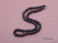 Stylish Single-strand 6-7mm Round Black Pearl Necklace with Sterling Silver Clasp