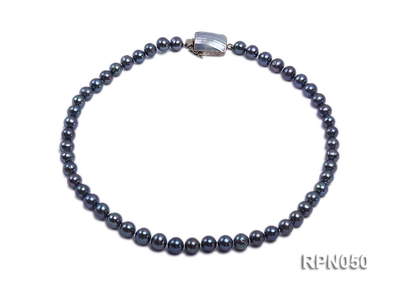8-9mm Black Round Freshwater Pearl Necklace with Mabe Pearl Clasp