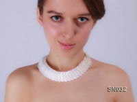 Natural Button-shaped White Shell Pieces Necklace