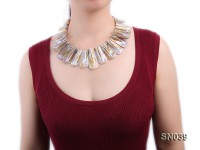 25×15-60x30mm Natural Color Shell Pieces Necklace