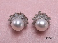 10mm White Flat Freshwater Pearl Earrings