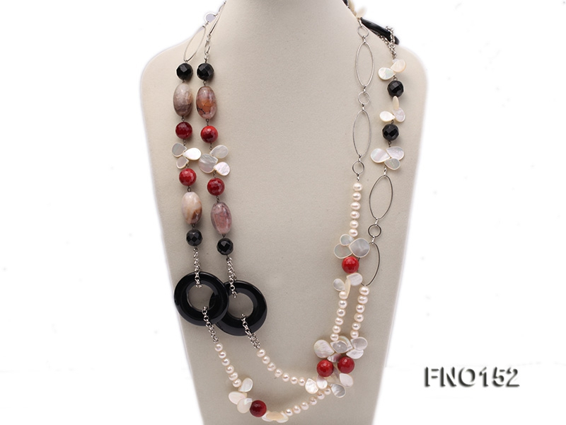 9-10mm white oval freshwater pearl and drop-shaped shell and agate necklace