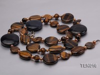 Button-shaped Tiger Eye Necklace with Agate Pieces and Freshwater Pearls