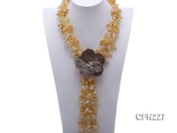 3x9x18mm Yellow and White Crystal White Shells and Flower-Shaped Shell Pendant Necklace