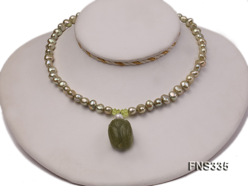 8-9mm bright green flat freshwater pearl single necklace with gem pendant