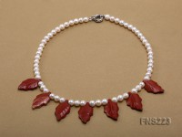 natural 7-8mm white round freshwater pearl with gold sand stone necklace