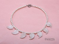 natural 7-8mm white round freshwater pearl with white agate single strand necklace