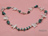 6-7mm white flat freshwater pearl with biwa-shaped pearl and turquoise chips necklace
