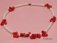 Natural 9-10mm white flat freshwater pearl with red coral necklace