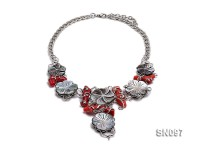 25-35mm White Shells Necklace Dotted with Red Corals