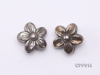 Stylish Flower-shaped Cupronickel Plated PVC Accessories
