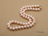 Classic 10mm Light-pink Flat Cultured Freshwater Pearl Necklace