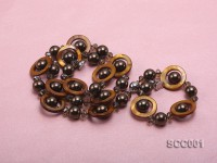 Gray Shell Pearl, Brown Disc-shaped Shell and Smoky Quartz Necklace and Bracelet Set