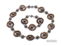 Gray Shell Pearl, Brown Disc-shaped Shell and Rock Crystal Necklace and Bracelet Set