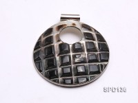 60mm Disc-shaped Black Shell Pendant with Argent Gilded Metal Holder
