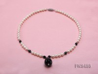 natural 6-7mm white round freshwater pearl necklace with natural black agate