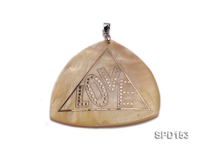 50x50mm Irregular Shell Pendant with beautiful Gilded Metal Pattern