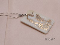30x50mm White Shell Pendant with beautiful Gilded Metal Pattern