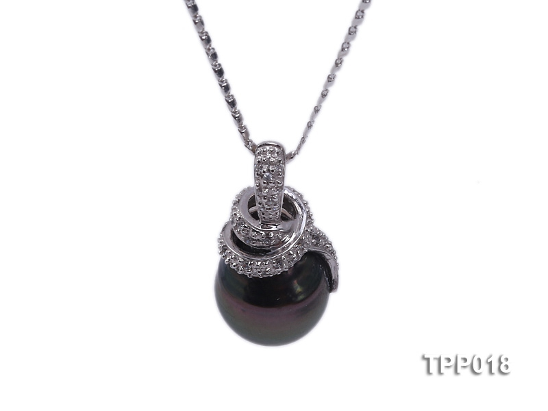 11.7x13mm black tahitian pearl pendant with 14k white gold and zircons