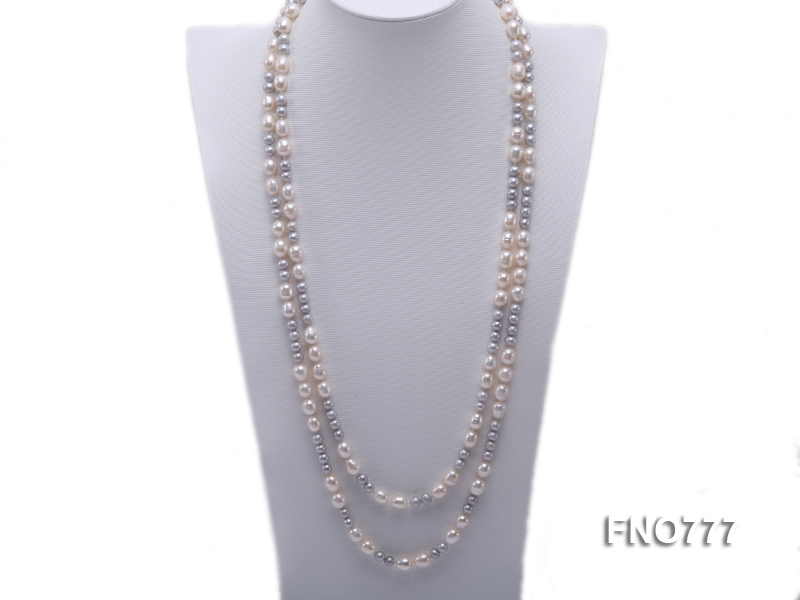 8-10mm white rice freshwater pearl with round grey pearl necklace