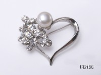 Heart-shaped Gold Plated Brooch with Freshwater Pearl and Shining Rhinestone Beads