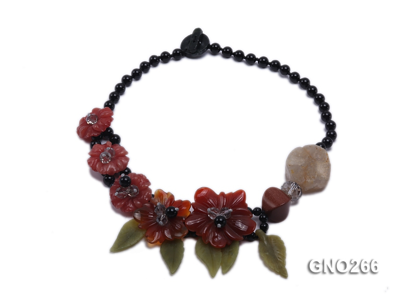 Extraordinary Colorful Natural Agate Necklace