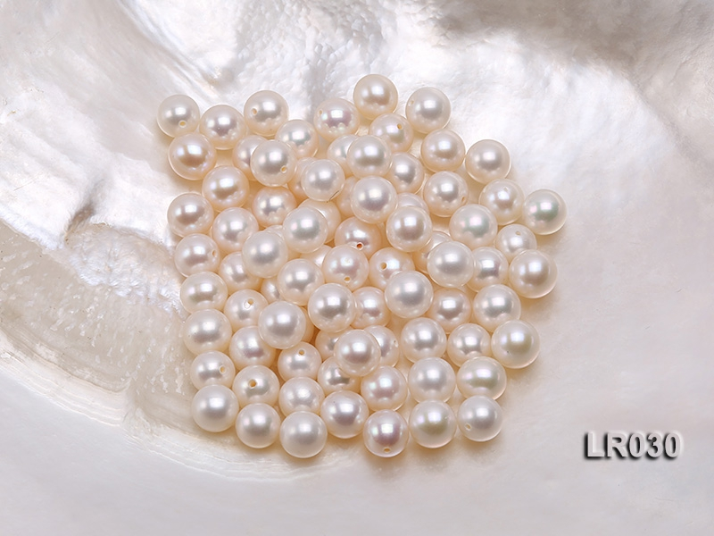AAA-grade 7.5-8mm Round Natural White Loose Freshwater Pearl