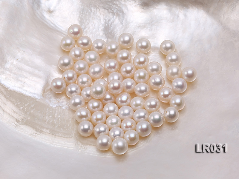 Round Pearl Wholesale—AAA Shiny 7-8mm Round Natural White Pearl