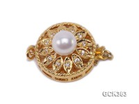 16mm Flower-shaped 18K Gold-plated Cupronickel Clasp Inlaid with White Pearl