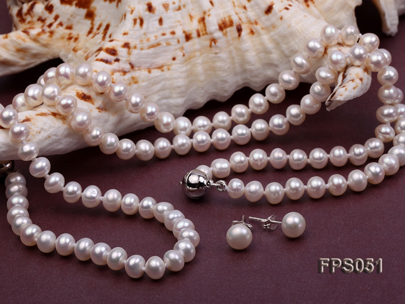 5-6mm AA White Flat Freshwater Pearl Necklace, Bracelet and Stud Earrings Set