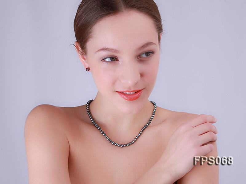 6-7mm AA Black Flat Freshwater Pearl Necklace and Stud Earrings Set