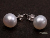 8-9mm AA White Flat Freshwater Pearl Necklace and Stud Earrings Set