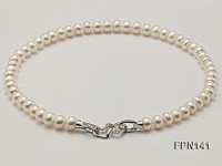 Classic 9-10mm AAA White Flat Cultured Freshwater Pearl Necklace