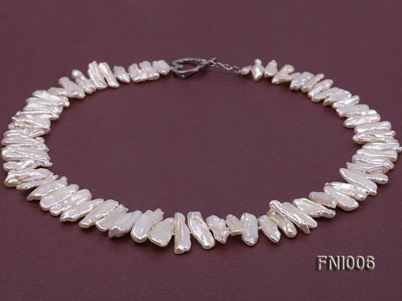 Classic 4.5×13.5-7.5x20mm White Tooth-shaped Freshwater Pearl Necklace
