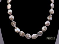 Classic 13.5×14-13.5x17mm White Button Freshwater Pearl Necklace