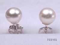 6mm White Round Freshwater Pearl Earring