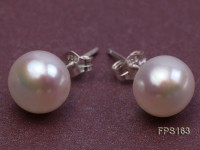 10-11mm White Flat Freshwater Pearl Necklace and Stud Earrings Set