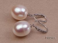 13x15mm White Drop-shaped Freshwater Pearl Earring