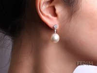 13.5mm White Round Edison Pearl Earring