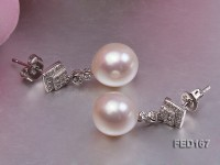 10mm White Near-round Freshwater Pearl Earring