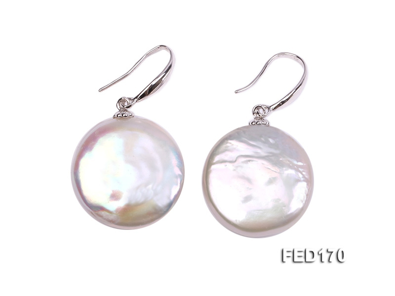 19mm White Button-shaped Freshwater Pearl Earring