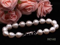 8-9mm AAA-grade white oval freshwater pearl bracelet