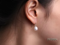 8-9mm White Drop-shaped Freshwater Pearl Earring