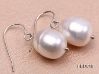 11-12mm White Rice-shaped Freshwater Pearl Earring