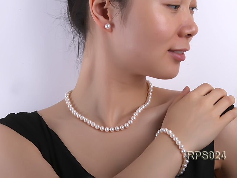 7.5mm AAA white round freshwater pearl necklace,bracelet and earring set